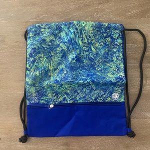 Limited edition Lululemon Seawheeze Bag